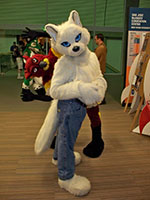 Fursuiter